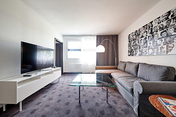 Executive apartment fourside plaza hotel trier for Designhotel trier