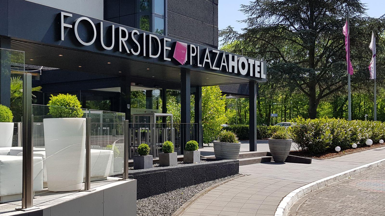 fourside plaza hotel trier. Black Bedroom Furniture Sets. Home Design Ideas